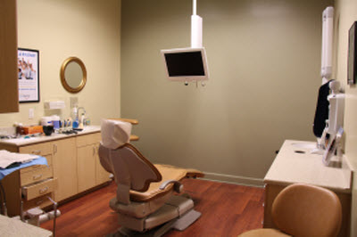 Dental Exam Room with dental chair and monitor