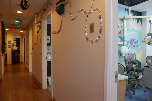 Picture of kid-friendly hallway at Pediatric Dentistry of Garden City