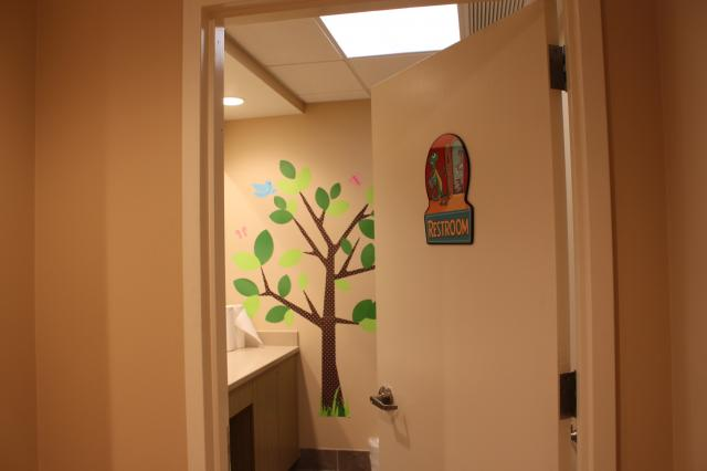 Picture of examination room at Pediatric Dentistry of Garden City