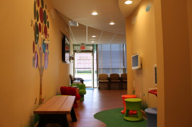 Picture of a family-friendly waiting room at East Garden City dental office