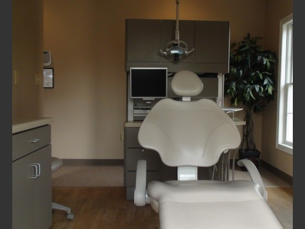 Dr. Wakefield dental office in cambridge
