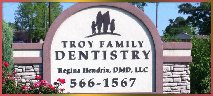 Troy Family Dentistry Sign