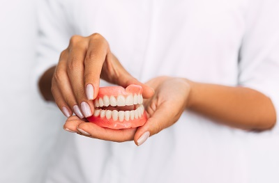 full and partial dentures in tustin